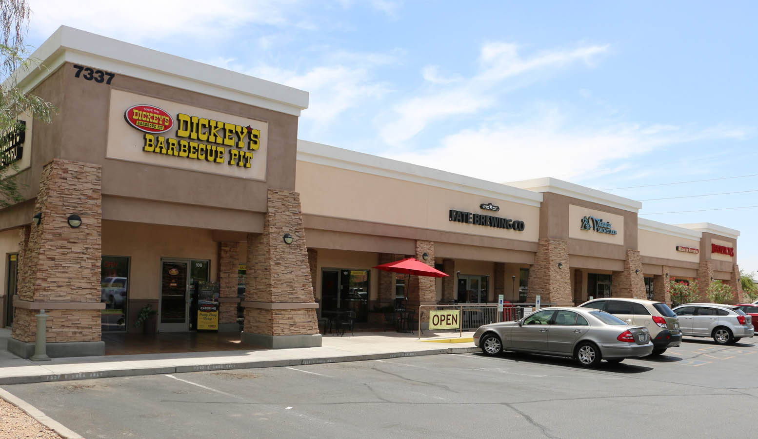 Shea and Scottsdale Retail Shopping Center